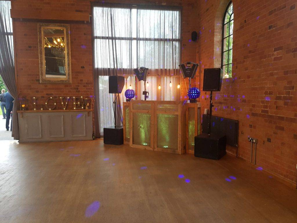 wedding dj derby